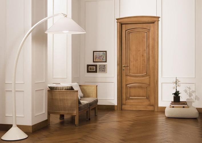 Распашные двери Legnoform Cornici