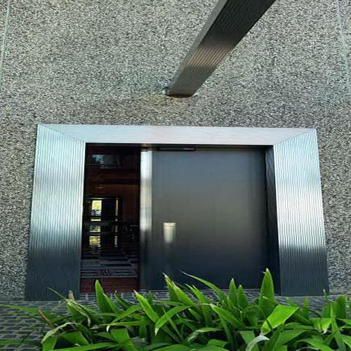 Входные двери OIKOS Vela