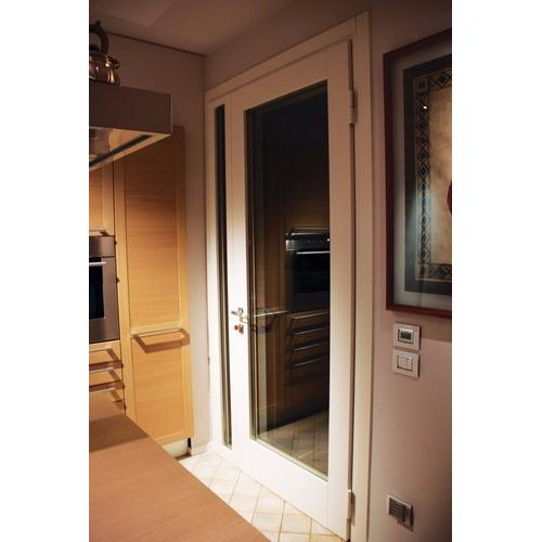 Входные двери Magnum Crystal Silver WK3